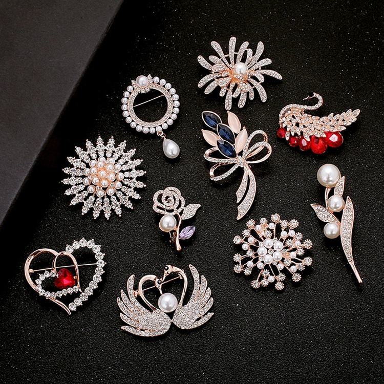 Rose Gold Rhinestone Crystal Flower Brooches for Women Wedding Bridal Party Brooch Pins