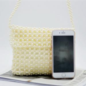 トップ品質の女性の真珠ビーズハンドメイドショルダーバッグクラッチトートバッグ財布ジュエル真珠石結婚式のイブニングハンドバッグ