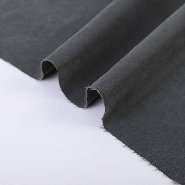 Wholesale 100 Polyester Micro Twill Waterproof Peach Skin Microfiber Fabric For Garment