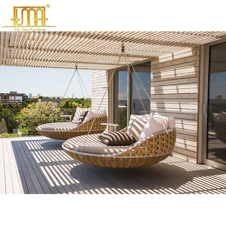 Hotel Outdoor Rattan Hanging Bed Patio Swing Chair Wicker Furniture Porch Swing Bed