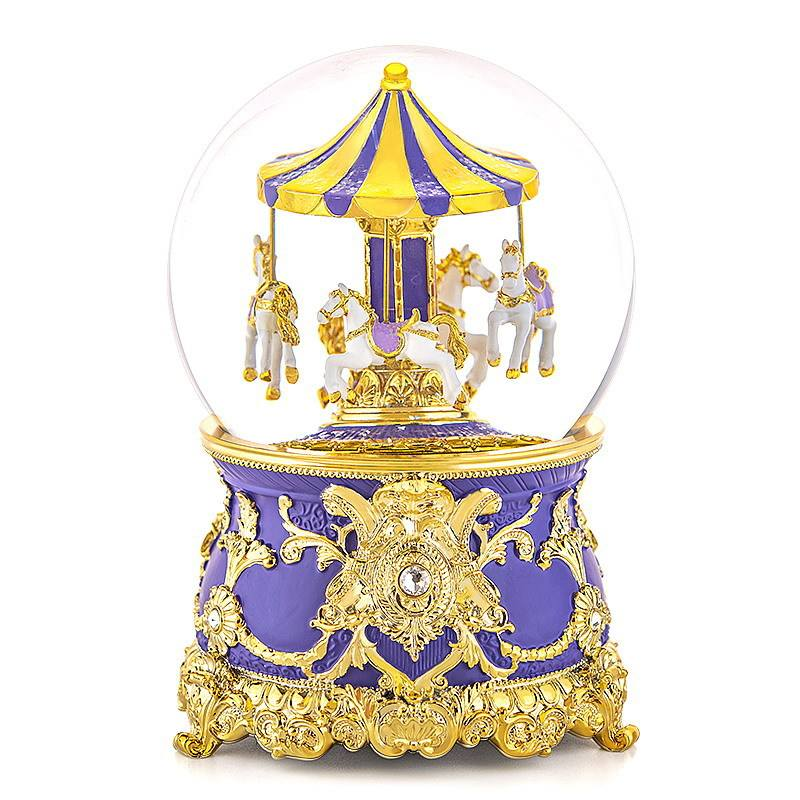 OEM Music Box Manufacturer Christmas Valentine's Day Gift Resin Carousel Snow Globe
