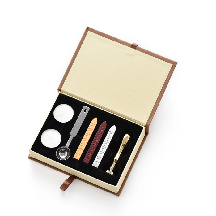 Classic Paper Box Wax Seal Kit Set with 1 Wax Seal Stamp 3 Wax Sticks, 2 Candles & 1 Spoon