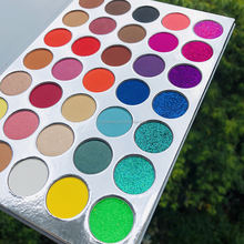 2017 Hot Chinese cosmetics eyeshadow palette, hot sale eye shadow make up cosmetics Professional Eyeshadow Set for Makeup