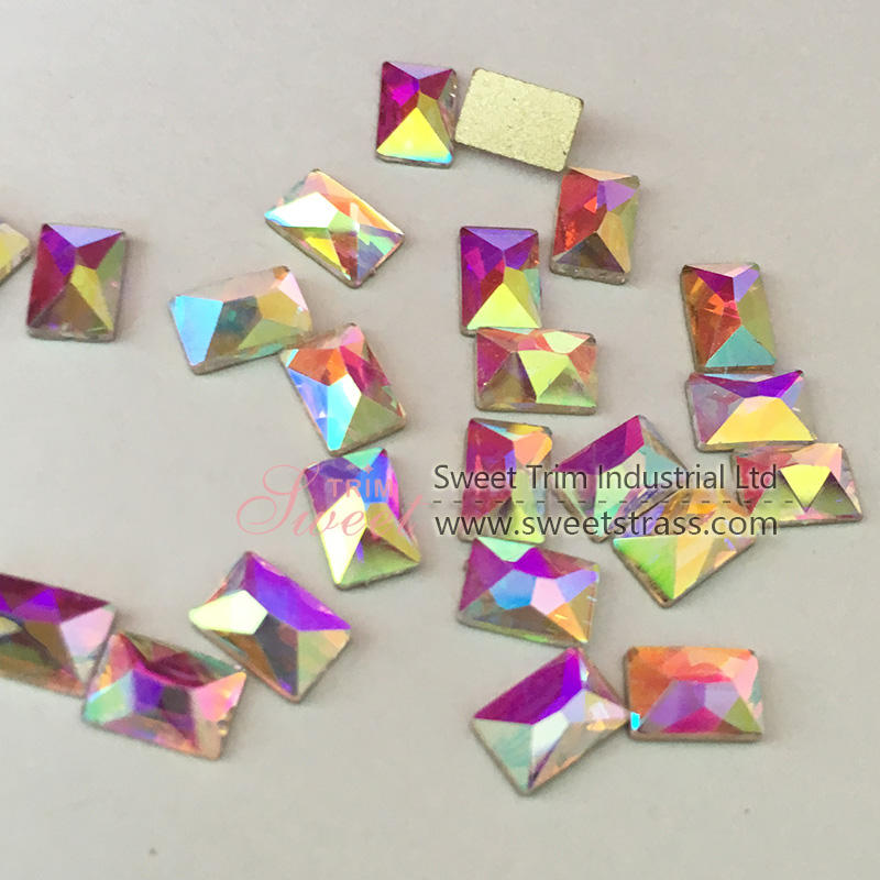 Factory direct sales various sizes triangle non hot fix strass nail decorations stone 3D crystal nail art rhinestone