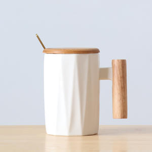 Reusable Ceramic Custom Logo And Surface Porcelain Cappuccino Coffee Mug With Wooden Handle