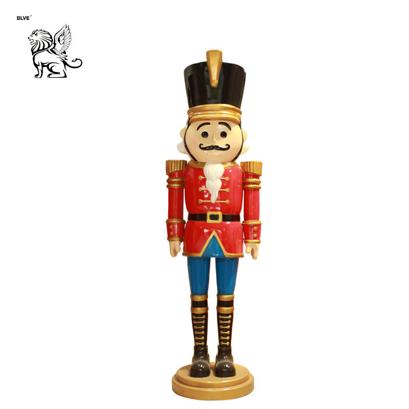 outdoor decor cartoon fiberglass art life size nutcracker soldier sculpture resin for sale