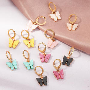 2020 Korean Gold Cute Animal Acrylic Butterfly Charms Plastic Hoop Earrings For Girls Jewelry