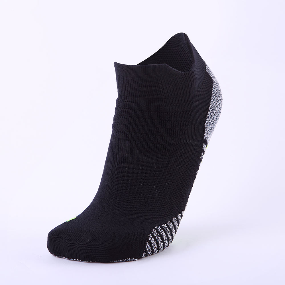 Brand new wholesale custom logo women knitting mens basketball running sport socks