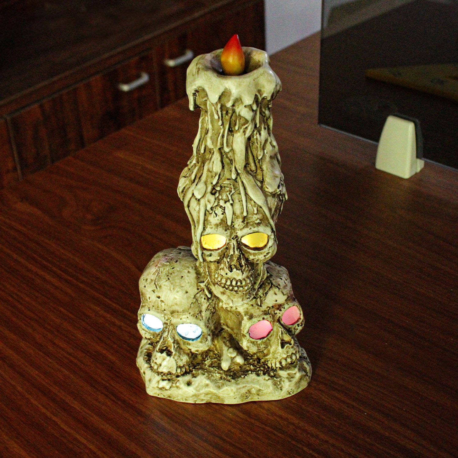 Halloween Resin Skeleton Head White And Light Brown Colored Floral Human Skeleton Crafts