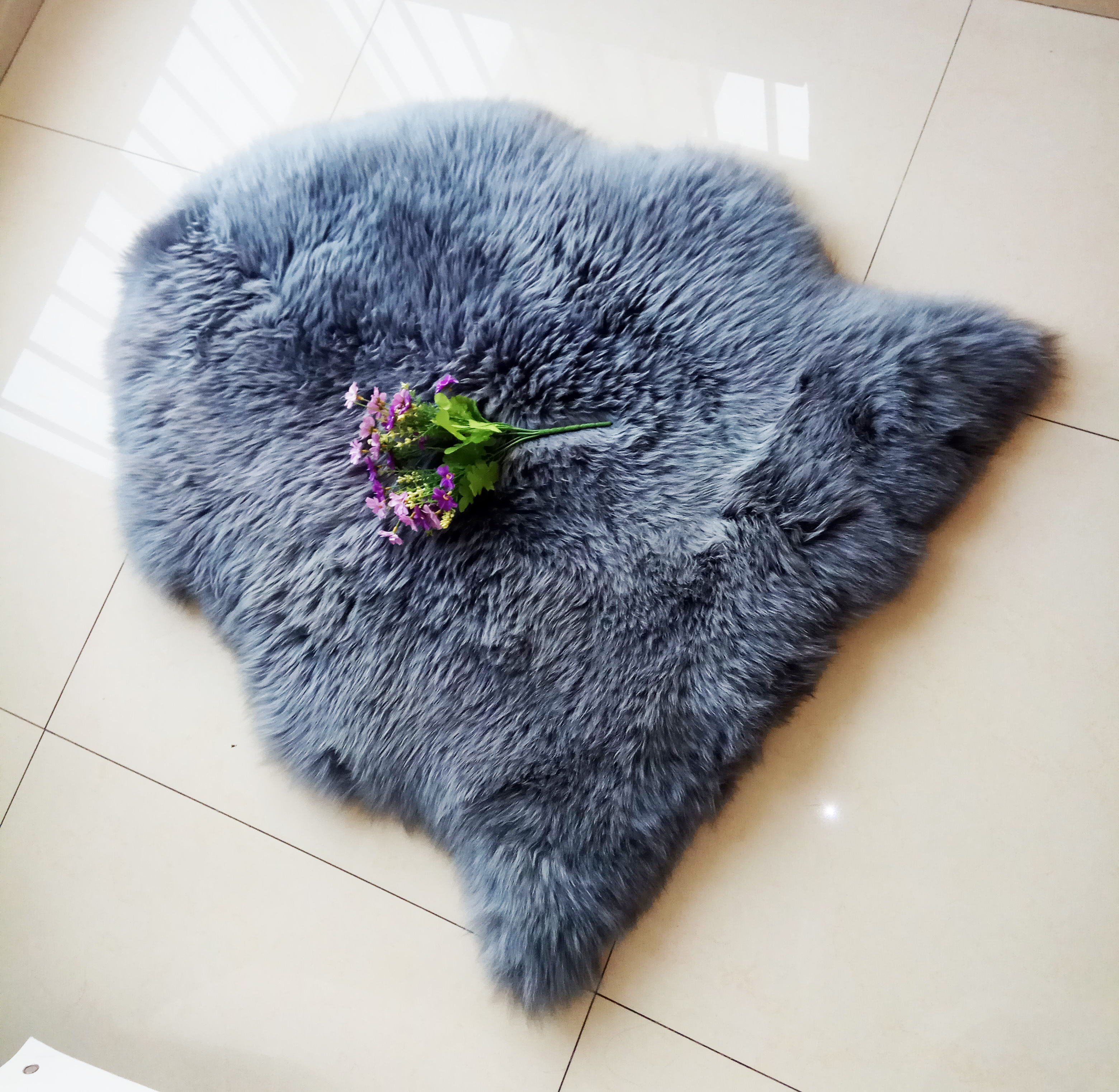 Walk on Me Faux Rabbit Area Rug Plush Fur Skin Sheepskin Suede Hide 100% Polyester Washable Animal Rug Extreme Comfort
