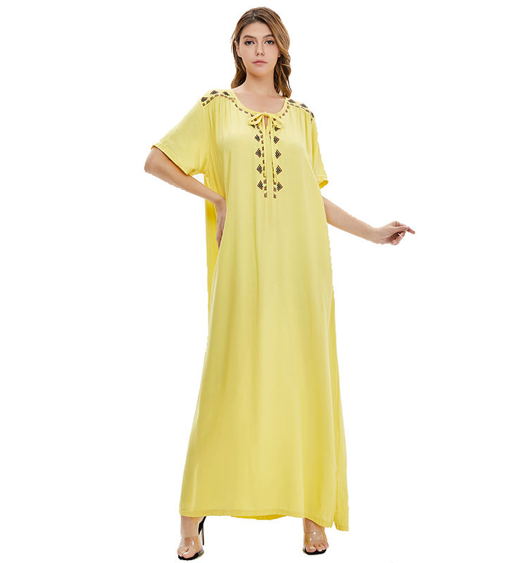 New arrival High Quality embroidery short Sleeve nightgown Islamic Clothing Muslim Abaya kaftan dress
