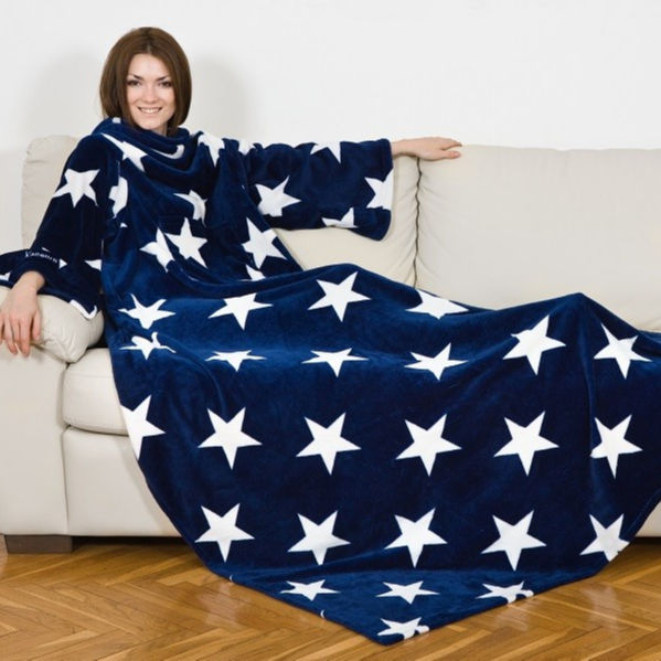 KANGURU DELUXE STARS FLEECE BLANKET WITH SLEEVES WITH POCKET