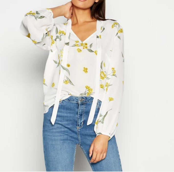 2019 Wholesale Ladies Clothing Long Sleeve Ivory Flower Print Blouses Women Casual Blouses Tops