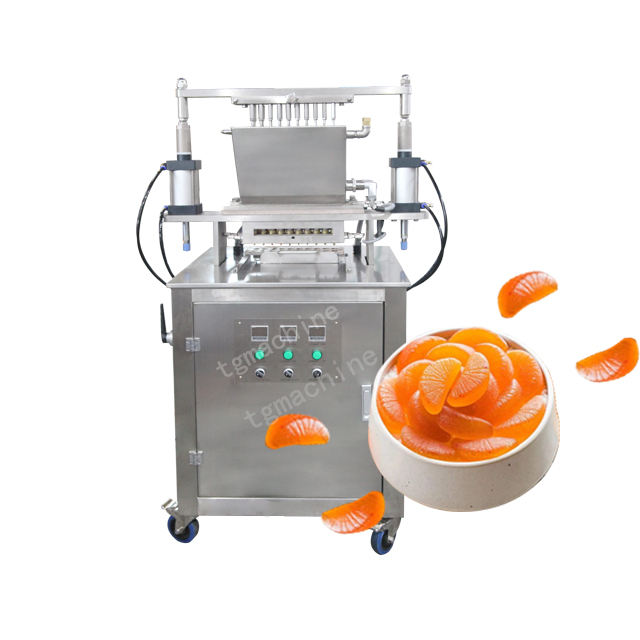 Small Model Gummy Bear Depositing Machine For Labor Use
