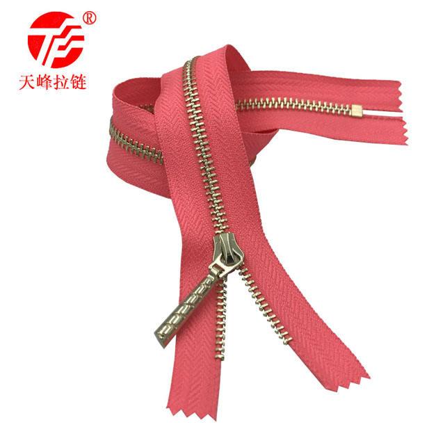 Manufacturer supply 3 # metal corn tooth zipper platinum closed tail zipper professional custom export metal zipper