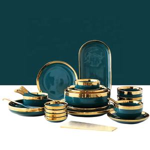 Retro Emerald Green and Gold Nordic Ceramic Tableware for Wedding Venue Event Party Reception Luxury Porcelain Dinnerware Set