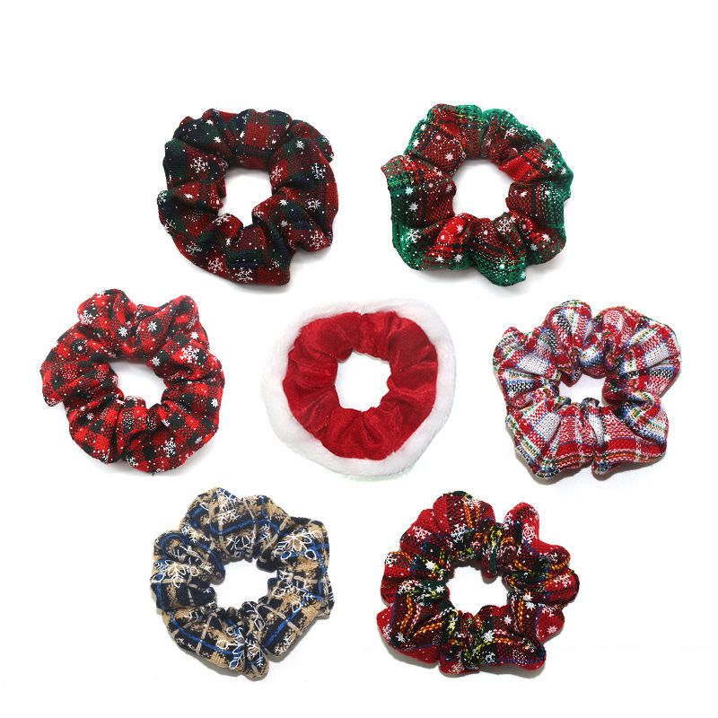 High Quality Soft Hair Accessories Scrunchies Fabric Elastic Band Cord Hair Ties Snowman Christmas Velvet Scrunchies For Girls