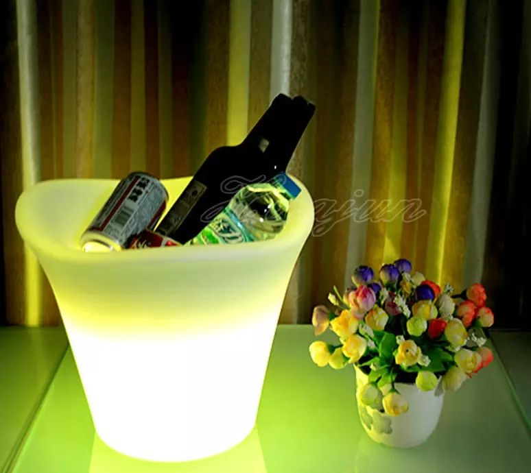 Led ice bucket for bar with color changing bulbs,battery operated led illuminated ice bucket with bluetooth speaker