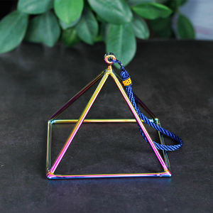 3 '' - 16'' dimensione Spirituale di Guarigione piramide commercio all'ingrosso Cristallo Di Quarzo di Canto Piramide di energia Chakra guarigione Piramide Set