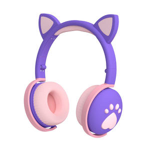 2020 Newest Cute Cat Ear Wired Gaming Headset 5.0+Edr Foldable Cute Colored Lighting Wireless Headphone