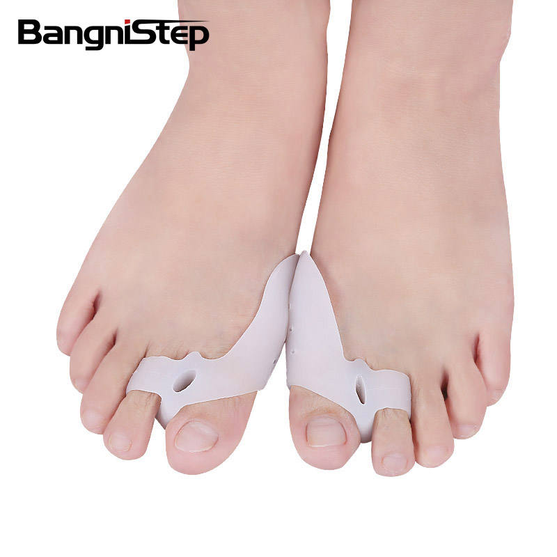 Natural SEBS Toe Separators Foot Care Products Orthosis