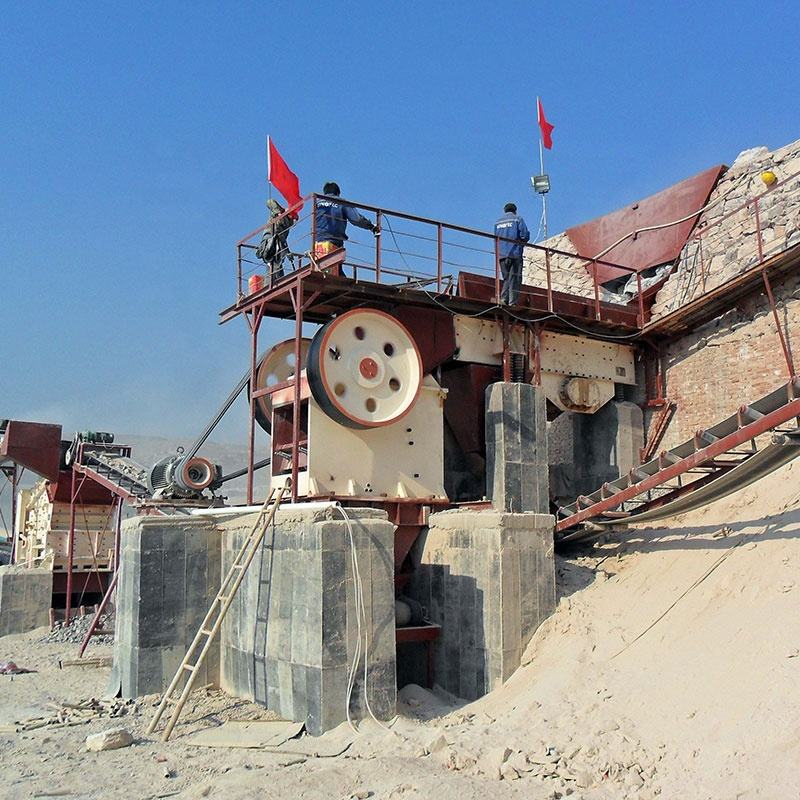 Quartz sand stone crusher machine, Complete set Mining crusher equipment, stone crusher 100 tph fixed rock crushing plant