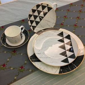 High Quality Dinnerware Sets Porcelain Plates Sets Best Quality Fashion Ceramic Dinner Set Bone China In Black White Plates
