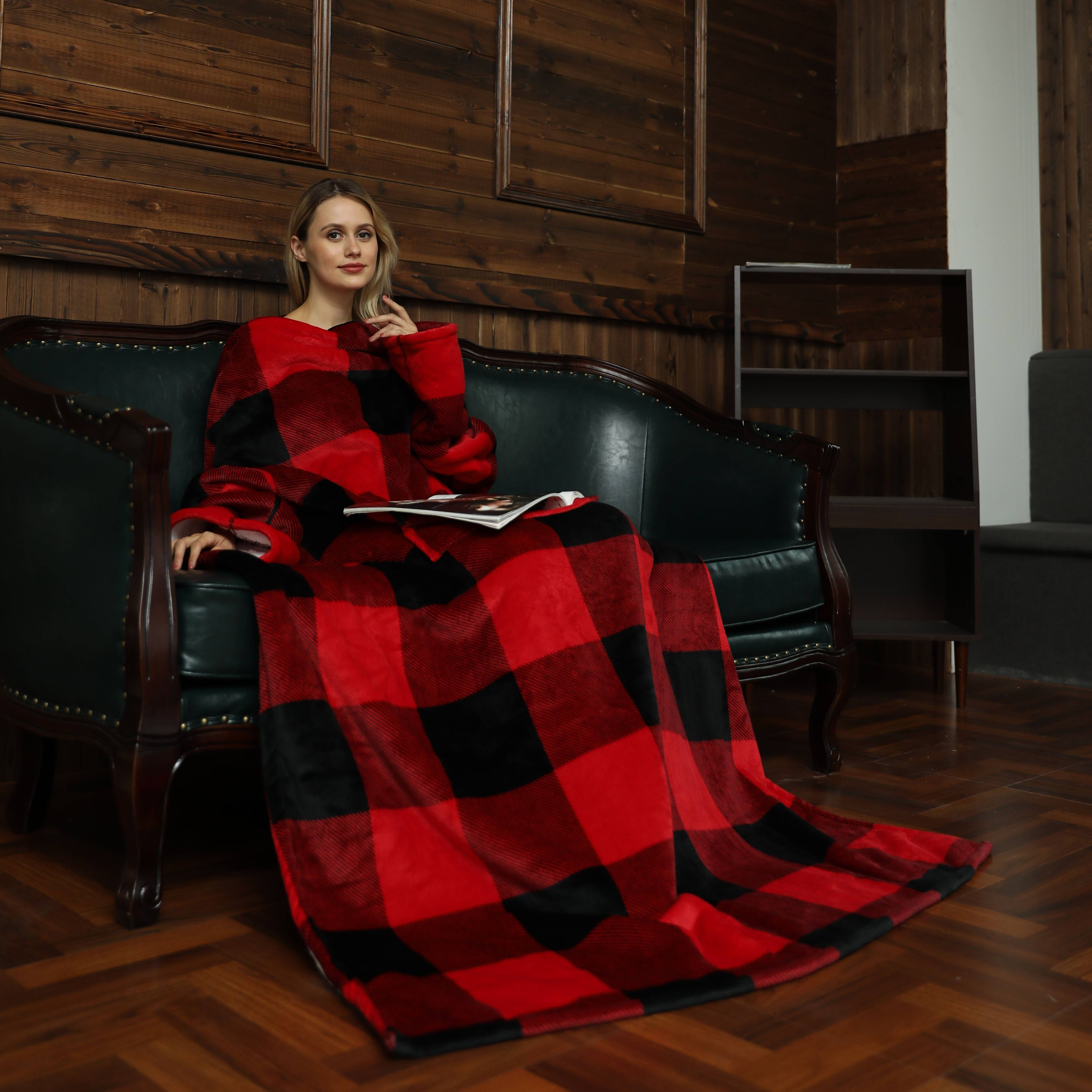 Wholesale Plaid adult cozy TV blanket with sleeves