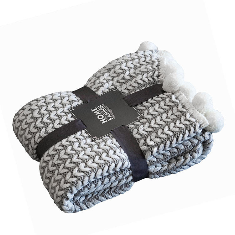 Customized 100% acrylic thick quality thermal chunky knit throw blanket