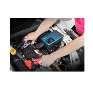 Multifunctional portable 12v car jump starter with digital tire inflation pump Battery capacity 10200MA peak current 500A