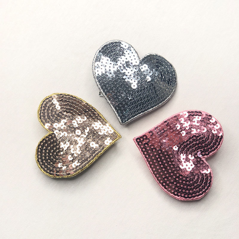hot selling Heart-shaped Embroidered Sequins Shoe Ornaments Accessories Ladies Fashion Shoe Buckles