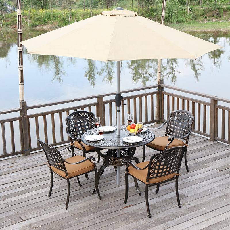 Durable outdoor garden 4 seat cast aluminum bistro table and chair Set