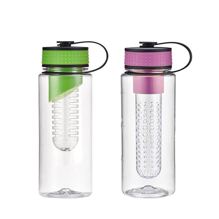 Hot selling 24oz 35oz portable Reusable fruit infuser water bottles eco-friendly 700ml transparent cups with fruit infusion