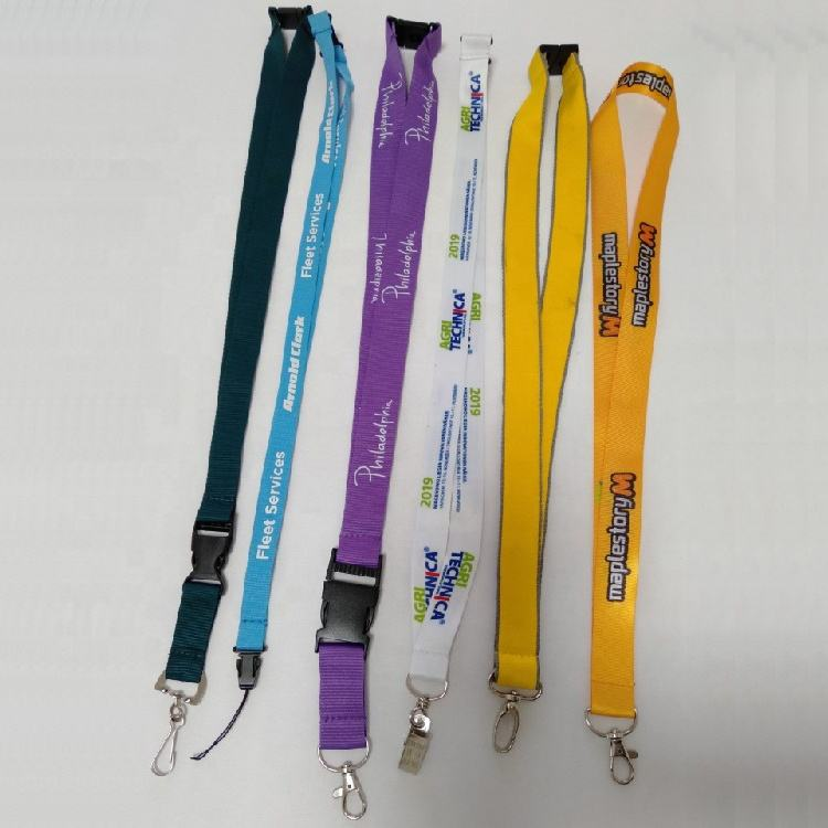 Promotion Hot Topic Good Quality Red Satin Ribbon Sublimation Lanyards with Car Logo Neck Lanyard Costom