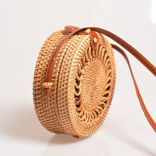 Factory Wholesale fashion handmade classic round straw rattan sling shoulder bag hand tote straw clutch bag
