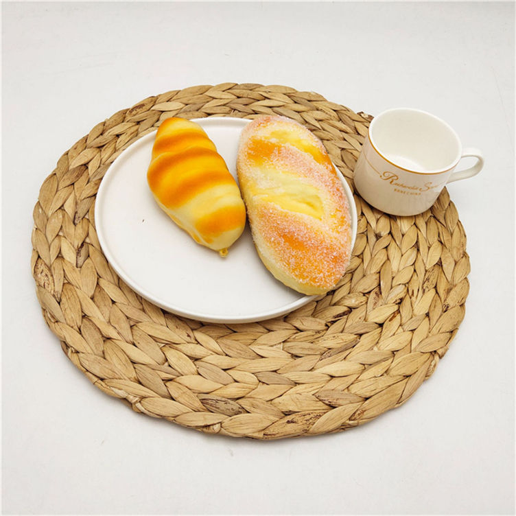 Low Moq Woven Placemats Natural Water Hyacinth Placemats Round Braided Rattan Tablemats