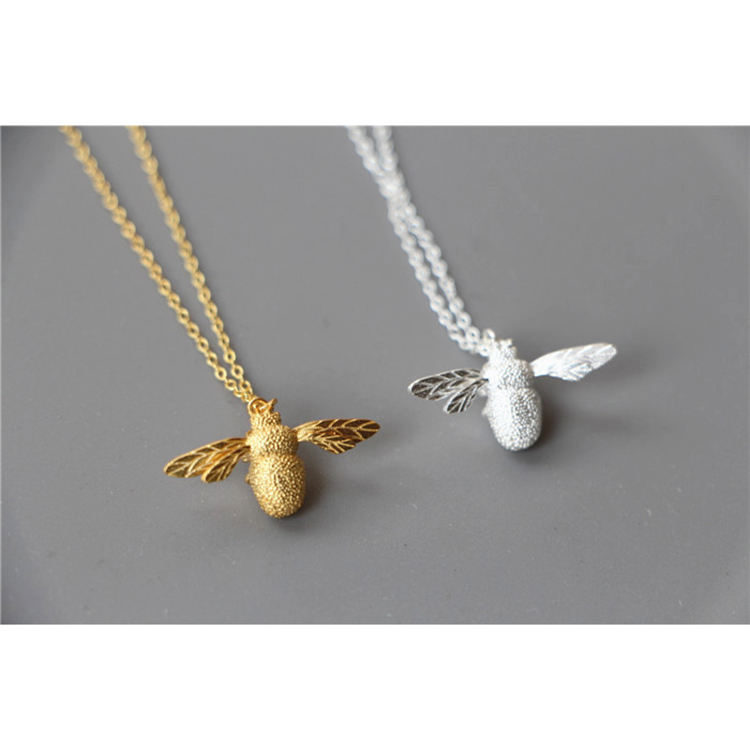 S925 Sterling Silver Necklace Korean fashion bee pendant cross border lovely silver jewelry female
