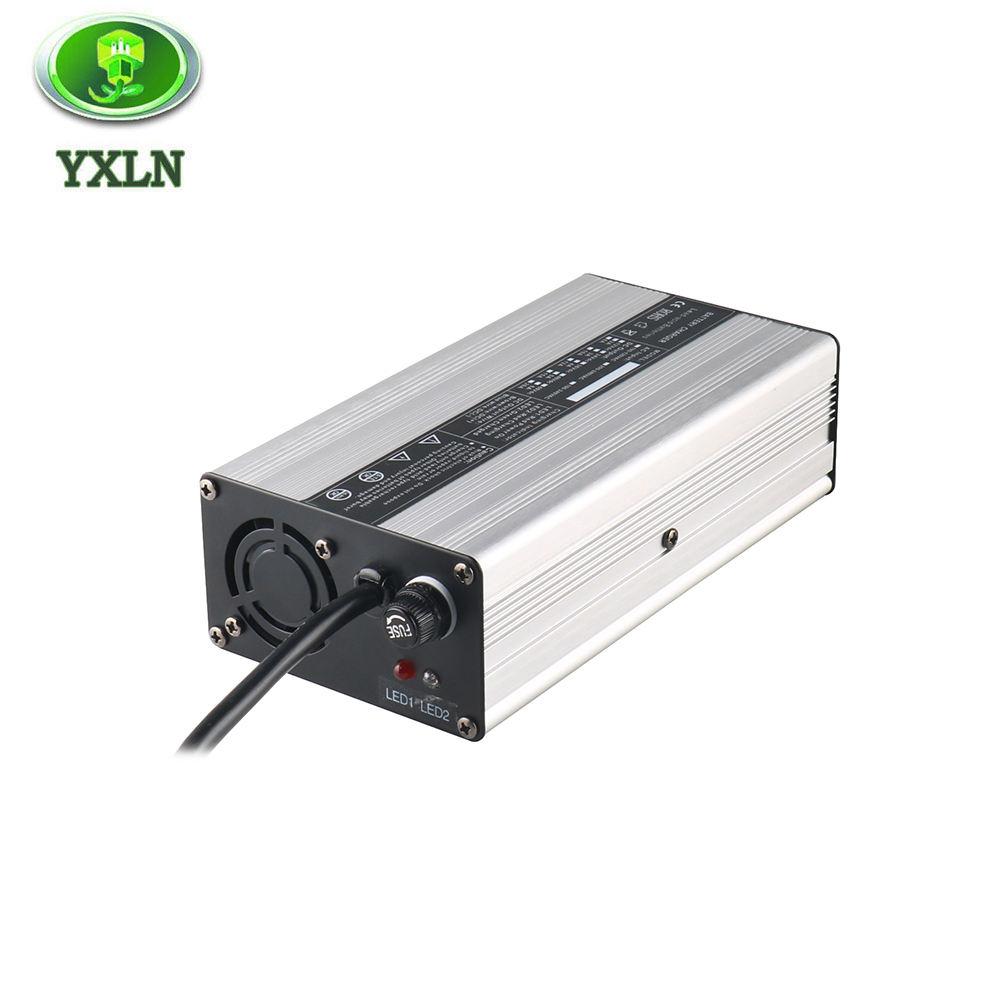 Chargeur de batterie voiture 12 24V 18A PRO coque metal