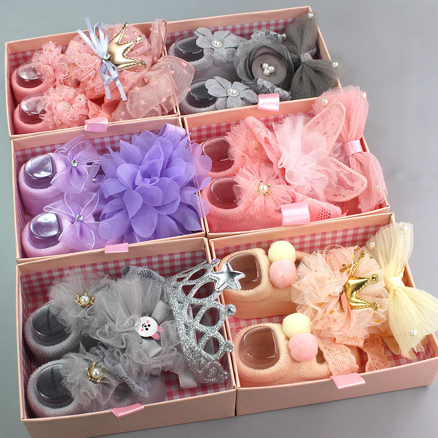 DPSaiLYY 2020 New Arrival Baby Headband Wholesale Baby Hair Accessories Set for Children Gift Birthday Kids Socks Set