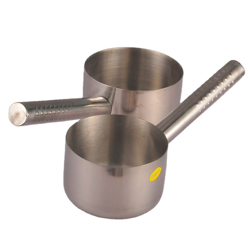 Wholesale Household Thick Stainless Steel Large Flat Bottom Water scoop for Kitchen Water Scooping