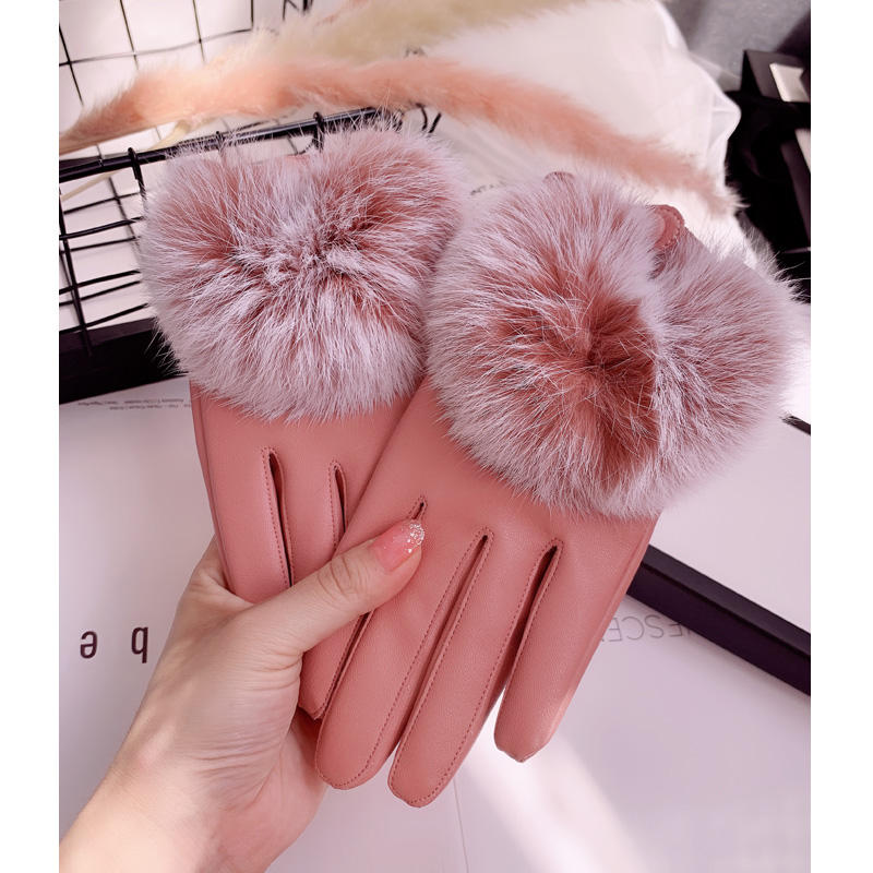 Wholesale of Motorcycle Gloves with Sheepskin and Rabbit Hair Fashion Fur Heating Touch Screen for women
