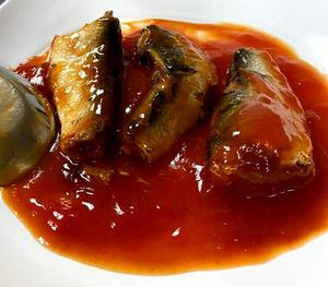 Canned Sardine / Mackerel in tomato sauce 155 G / 425 G