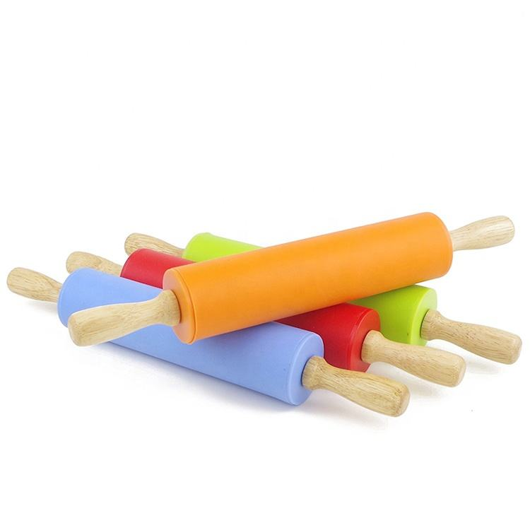 High Quality Non Stick Factory Wholesale Easy Using Silicone Rolling Pin With Handle