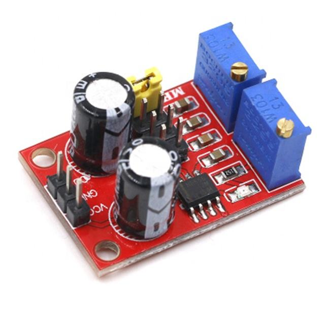 The module with adjustable duty cycle of pulse frequency which can produce square wave and rectangle signal wave driven by NE555