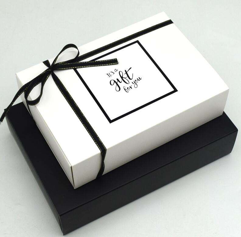 Wholesale Bakery Paper Packaging Boxes Lunch Take Away Food Cupcake Cake Box