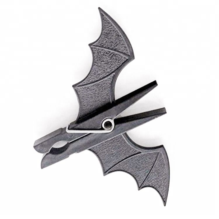 Daily Use Black Bat Shaped mini Halloween Party Decor Home Clothes Wood Hanging Pegs