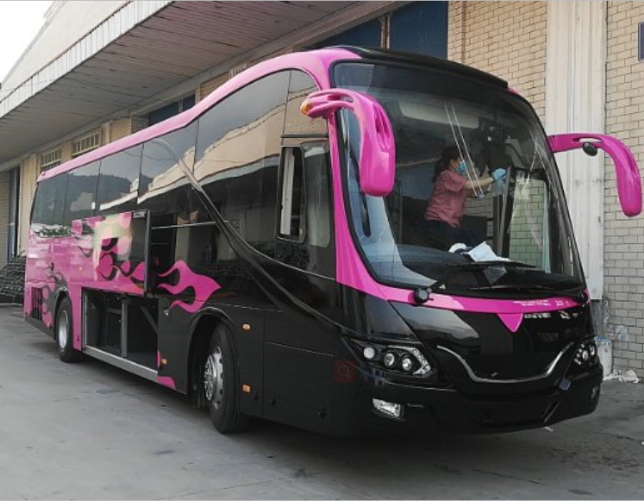 New type Euro 5 12m luxury diesel coach bus with 55 seats rhd