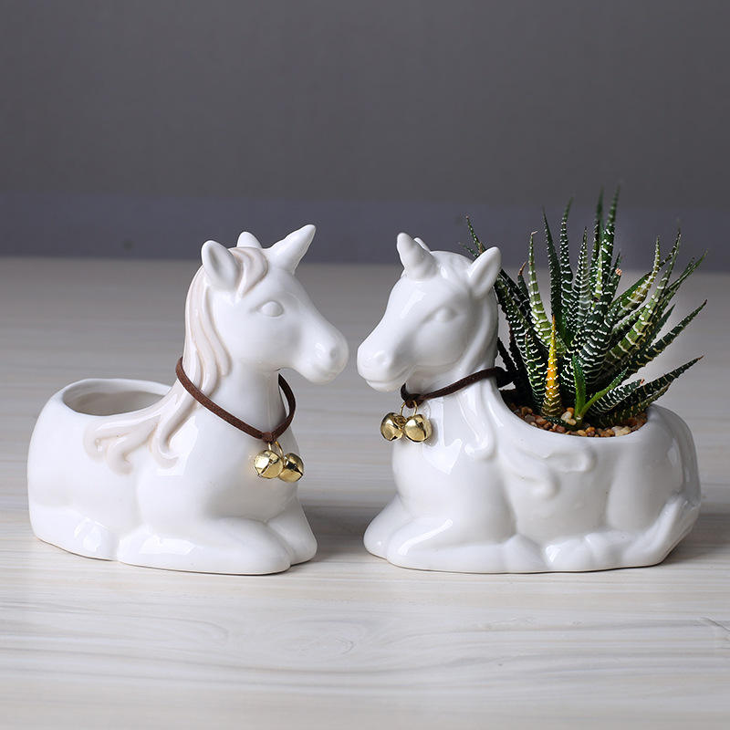Wholesale Cute Unicorn Succulent Plants Ceramic Pots White Porcelain Horse Flower Pot Table Decoration Planter Container Gift
