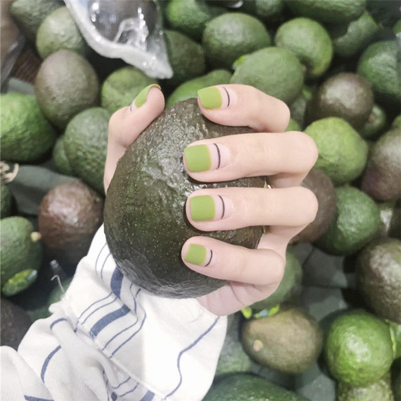 Wholesale Low Price Green Short Fingernails Half Cover Artificial Press On Nails