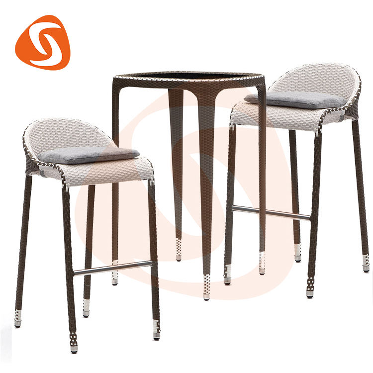 Factory wholesale weather resistant modern stylish outdoor kitchen rattan high bar stool chairs